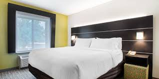 Holiday Inn Express & Suites Albany Airport Wolf Road Hotel by IHG