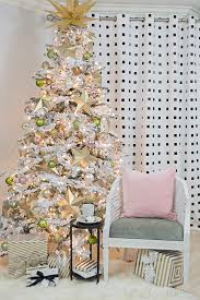 Christmas Tree Flocking Spray Can by How To Assemble The Flocked Christmas Tree Cuckoo4design
