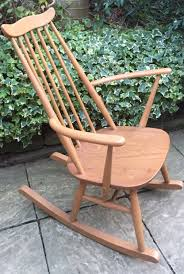 FINE RETRO ERCOL GOLDSMITH ROCKING ARMCHAIR DELIVERY AVAILABLE Black Classic Americana Style Windsor Rocker Feature Chair Upgraded Fniture Store Furni Quaker 428 Child Rocking By Ercol 1960s Oak Chairs Frasesdenquistacom Carver Ding Chair 912 Originals Chairmakers Armchair Ebay Ercol Spindle Back Chairs Wooden Round Quaker Rocking Blonde In Liskeard Cornwall Gumtree Goldsmith Nationwide Delivery Model 315 By Lucian Randolph Ercolani For Vintage Quaker Rocking Chair Leifdesignpark