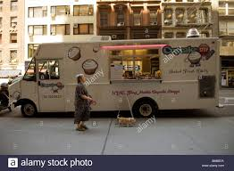 Food Truck Parked In New Stock Photos & Food Truck Parked In New ... 5 Best Food Trucks In New England Fun Things To Do Central Mass The Definition Of On Go Cupcake Cnection Ate By Haven Readers Poll 2017 Winners Ct Now Unforgettable Cupcakes Truck For Sale Tampa Bay Foo Vibiraem Nora Company Open West Hartford Store Weha Cupcakes Sugar Bakery Kielbasa Surf Turf Asian Fusion Nj San Diego Prose On The Nose Caffeinated Blog Madison Food Truck Debate Heats Up Again Register Lil Chungs Adventures 062011 072011