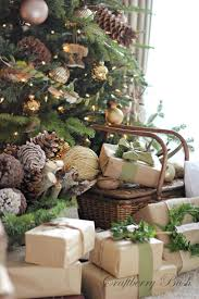 Simple Cubicle Christmas Decorating Ideas by Best 25 Brown Christmas Decorations Ideas On Pinterest Brown