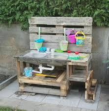 kinder outdoorküche küche aus paletten möbel aus paletten