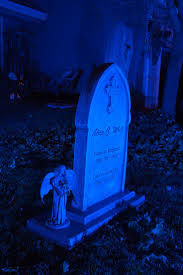 Diy Halloween Wood Tombstones by 276 Best Halloween Tombstones Ideas Images On Pinterest