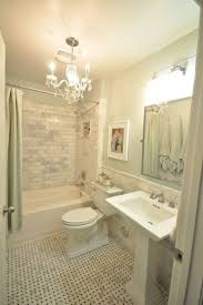 Bathroom Tile Floor Ideas For Small Bathrooms by Best 20 Small Bathroom Showers Ideas On Pinterest Small Master