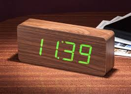 horloge de bureau design horloge de bureau design high tech chez ksl living
