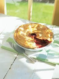 cuisine ricardo com strawberry and rhubarb pie ricardo