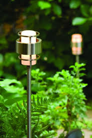 Landscape Lighting Path Lights Hinkleys Saturn Is A Stunning Modern Outdoor Collection With Robust Construction And Intersecting Lines That