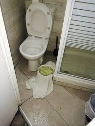 spot chambre chambre 506 fuite d eau provenant du plafond niveau du spot