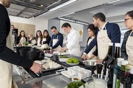 cours de cuisine avec un grand chef étoilé team building cours de cuisine ecole grand chef restaurant