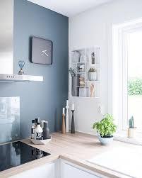 peinture cuisine grise cuisine colorée 10 idées pour faire entrer la couleur dans sa