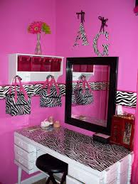 Zebra Decorating Ideas Beautiful Mommy Lou Who Hot Pink Room Print