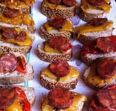 canapes apero canapés au chorizo pour l apéro recette de canapés au chorizo