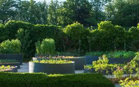 le chalet cultivates its garden le chalet de la forêt