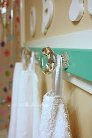 Decorative Hand Towel Sets by Best 25 Hanging Towels Ideas On Pinterest Over Door Towel Rack