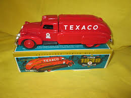 1939 Texaco Dodge Airflow #9500 ERTL Toy Truck Bank | EBay 16th Ertl Big Farm Red Silver Ram 3500 Dually With Gooseneck Ag Toys Stow Davis Steelcase Office Fniture Ford Vintage Childrens Books Flash Cards And Colctible Pressed Ertltomy Peterbilt Model 367 Toy Truck W Trailer Ertl Dump By Tomy Multicolor 1978 Dodge Warlock American Muscle Scale Model Diecast Amazoncom 116 Dealership Stater Bros Markets 1948 Diamond T 143rd Sees Candies Delivery Steel Die 116th Intertional Loadstar 1600 Trucks Pinterest