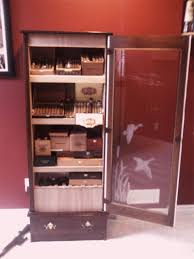 Cigar Cabinet Humidor Uk by Cabinet Humidor Montegue End Table Humidor 600 Cigars Image Is