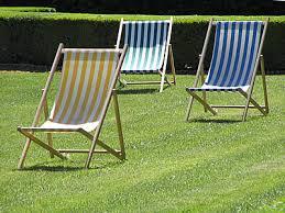 chaises longues de jardin photo de chaises de jardin chaise longue jardin photo web provence