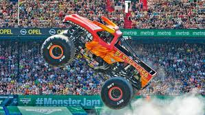 100 Monster Truck Show Los Angeles Watch HighFlying Driving At Jam Vancouver 2019