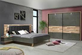 schlafzimmer komplett set schwebetürenschrank bett