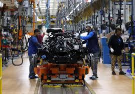 100 Fiat Trucks To Make More Ram Trucks Chrysler Reconsiders Mexico Reuters