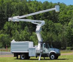 2007 INTERNATIONAL 4300 BUCKET BOOM TRUCK FOR SALE #583005
