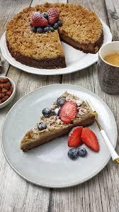 schokoladen kuchen mit nussigen streuseln lydiasfoodblog