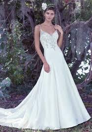 Wedding Dresses 46 Lovely Non Traditional Wedding Dresses Ideas