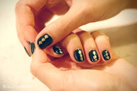 CrashingRED How To - Nails In Black And Gold - CrashingRED Simple Do It Yourself Nail Designs Ideal Easy Designing Nails At Home Design Ideas Craft Animal Stamping Nail Art Design Tutorial For Short Nails Nail Art Designs For Short Nails For Beginners Diy Tools Art Short Moved Permanently Pictures Of Simple How You Can Do It At Home To How To Make Best 2017 Tips 20 Amazing And Beginners Awesome Diy Wonderfull Classy With Cool Mickey Mouse Design In Steps Youtube