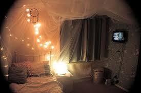 Novel 48 Romantic Bedroom Lighting Ideas