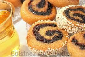 comment faire de la pate de datte makrout roulé aux dattes makroud tunisien recettes faciles