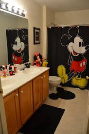 Disney Bath Sets Uk by Best 20 Mickey Mouse Shower Curtain Ideas On Pinterest Mickey