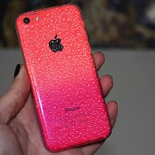THIS IPHONE 5C CASE on The Hunt