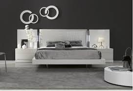 Greatime Faux Leather Low Platform Bed King Black Black