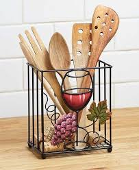 Wine And Grapes Kitchen Decor by Best 25 Kitchen Wine Decor Ideas On Pinterest Wine Decor Wine