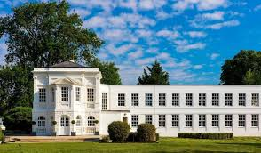 100 Bray Island Monkey Estate Windsor