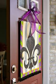 Burlap Mardi Gras Door Decorations by 48 Best Mardi Gras Images On Pinterest Mardi Gras Party Fleur