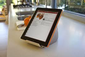 tablette pour cuisine iprop des supports universels pour tablettes tactiles