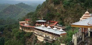 15 Popular Tourist Destinations Of Himachal Pradesh And Their Must Visit Spots