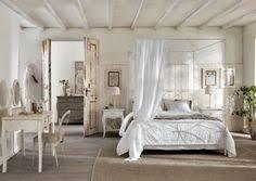 decoration chambre a coucher adultes chambre à coucher ciel de lit le grenier d shabby chic