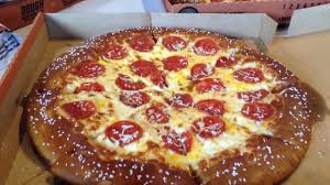 Little Caesars Pretzel Crust Pizza And Dippers Reviewed