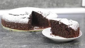 der fluffigste und saftigste schokoladen nuss kuchen chocolate cake brownie rezept tutorial