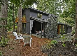 Small Backyard Ideas: 20 Spaces We Love - Bob Vila Backyards Chic Backyard Mulch Patio Rehabitual Homes Bliss 114 Fniture Capvating Landscaping Ideas For Front Yard And Aint No Party Like A Free Mind Your Dirt Pictures Simple Design Decors Switching From To Ground Cover All About The House Time Lapse Bring Out Mulch In Backyard Youtube Landscape Using Country Home Wood Chips Angies List Triyaecom Dogs Various Design Inspiration For New Jbeedesigns Outdoor Best Weed Barrier Borders And Under Playset Playground
