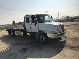 Tow Truck: Tow Truck Fresno Ca Home Matchett Towing Recovery Pensacola Tow Truck Jerr Dan Trucks Nashville Tn Rembrance For Driver Killed In Train Crash Quality Preowned Dodge Dakota At Eddie Mcer Automotive Quality Car Stock Photos Uniforms Ud Bobs Auto Repair Types
