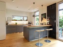 kochinsel bis l küche die perfekte küchenform für