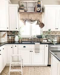 Kitchen Drapery Ideas 18 Diy Curtain Ideas Easy Ways To Make Curtains