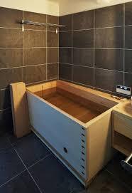 japanische designer badewanne aus holz bild kaufen