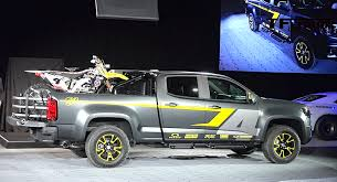 Silverado Bed Extender by Watch The Chevy Colorado Z71 Performance Concept Reveal From 2014