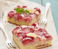 erdbeer schmand blechkuchen