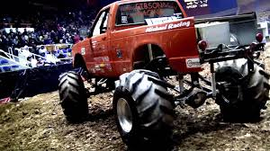 Bojangles Coliseum 4x4cross Throttle King Mega Truck Mud Race & Bad ...