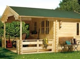 chalet bois en kit une pièce à vivre au jardin abris